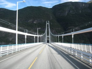 Hardangerfjord tunnel en brug 2016 2