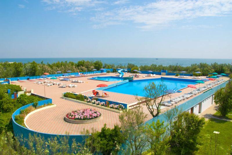 camping-rosapineta-zwembad-2016