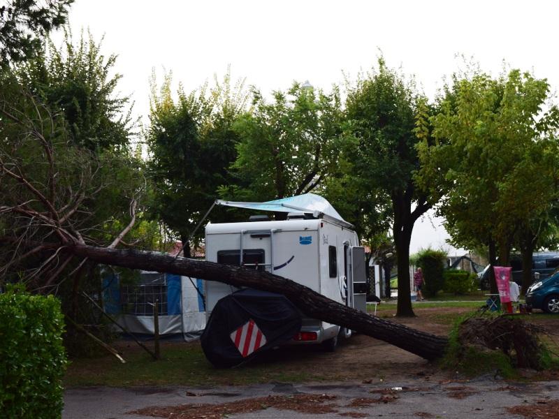 camping-villa-al-mare-2016-1